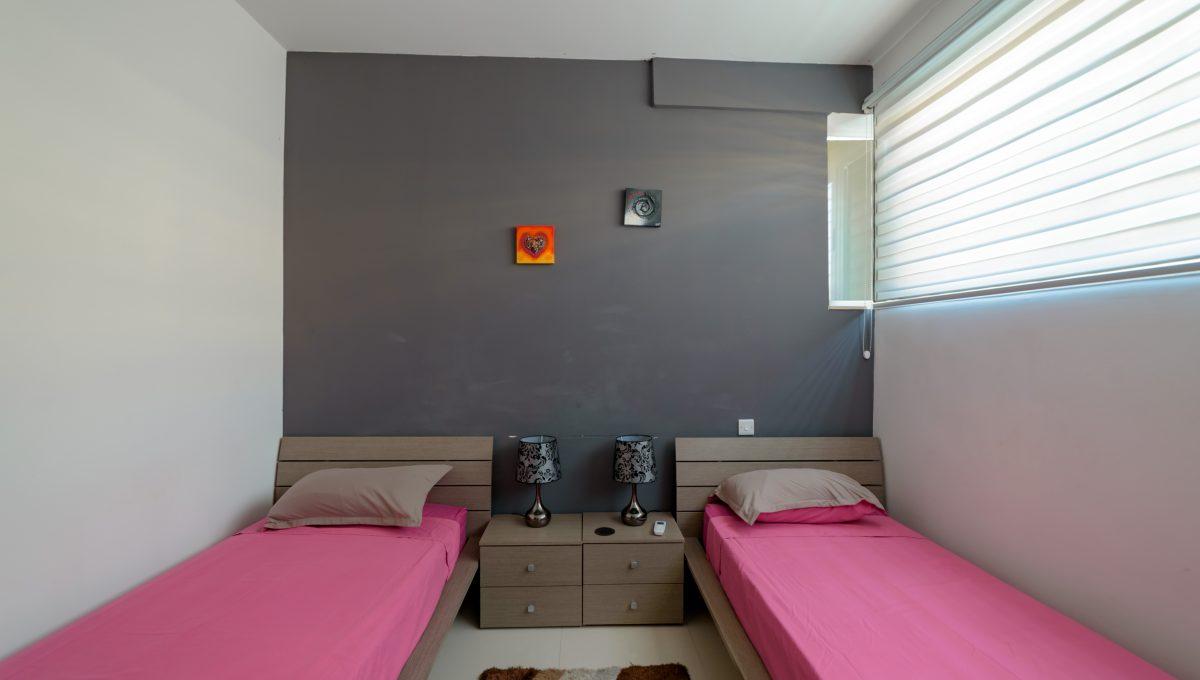 Carrobs Twin - Room 2.1